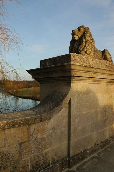 Lion Bridge at Burghley...this was the first time I'd ever been on the bridge. The light was perfect!